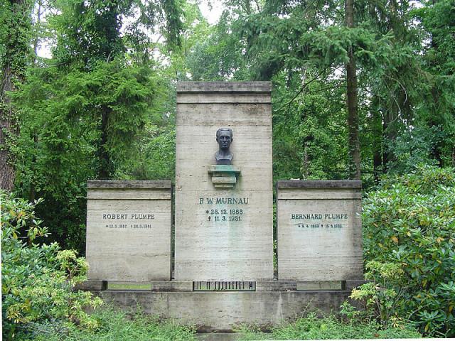 Suedwestkirchhof08-640x480
